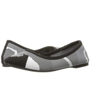 Skechers Cleo Wham Stretch Patterned Flat